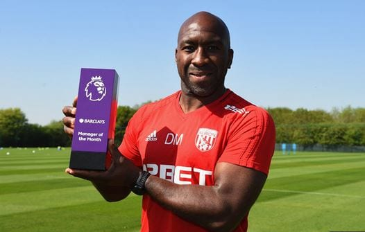 Photo of Jamaican Darren Moore Receive's Premiere League Manager of the Month Award