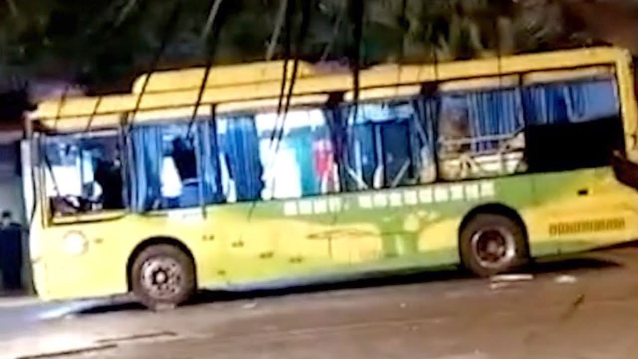Photo of 17 injured after crazy bus explosion [Video]