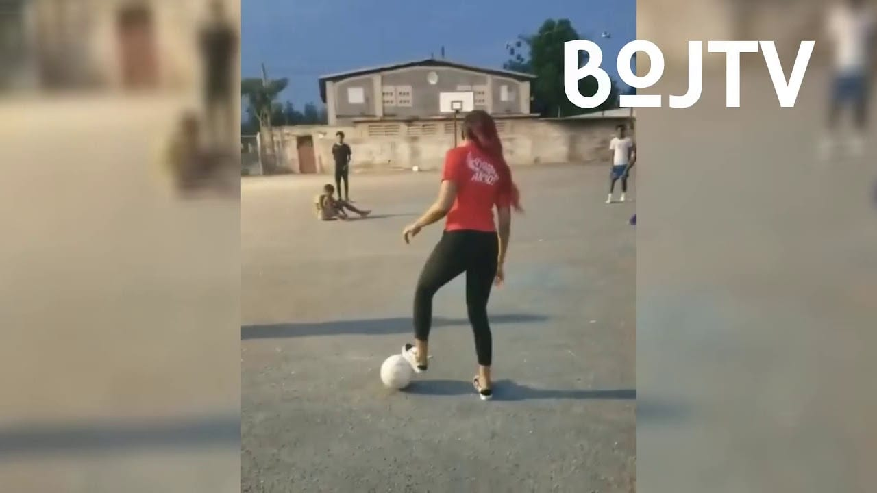 Photo of D'Angel Shows Off Her Footballing Skills [Video]