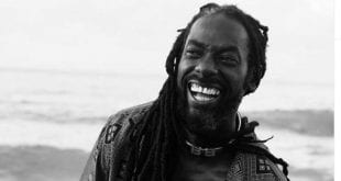 buju banton smiling laughing beach 2020