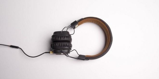 head phone audio with plug big 3d