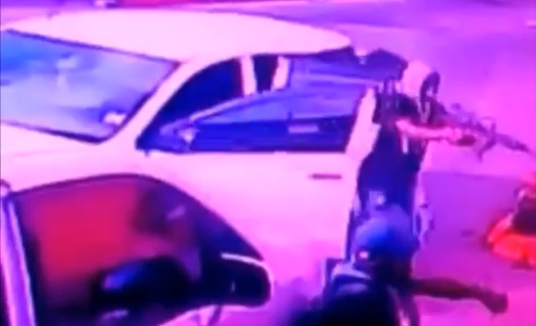 Photo of Shocking Video of three Men Shot on Old Hope Road – 2 Died
