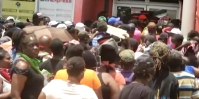 jamaica huge lines cambio