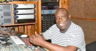 Popular Dancehall Producer Bobby Digital Dies at 59