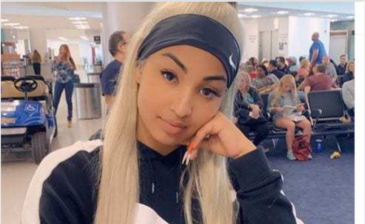 Photo of Shenseea Mourns the Loss of her mom