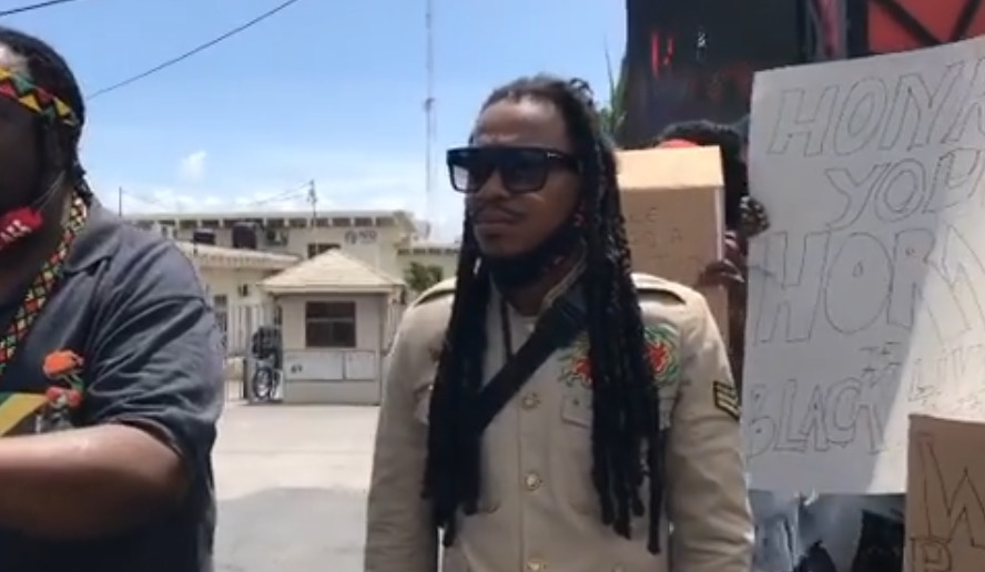 Photo of Reggae Singer leads George Floyd's Protest