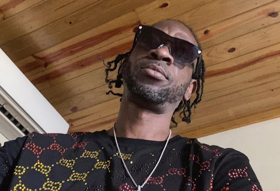 Photo of Bounty Killer and His Foundation Donates Wheelchair and 100,000 Cash to 14yo