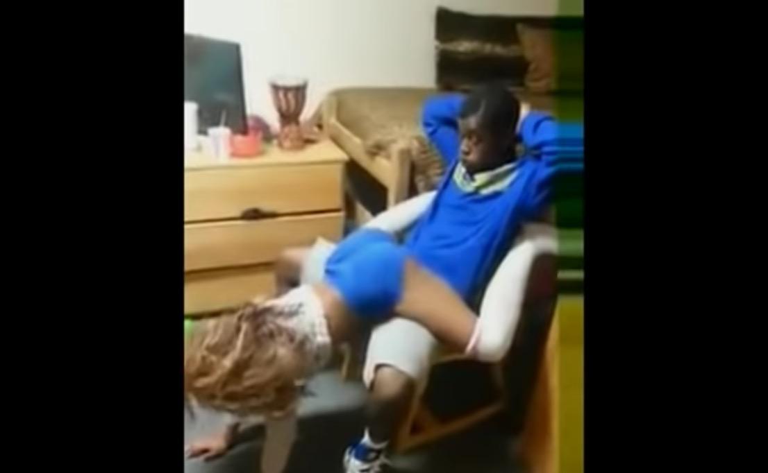 Best Friend Gets best lap dance Ever – Video